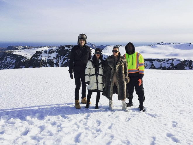 kourtney-kardarshian-iceland-4