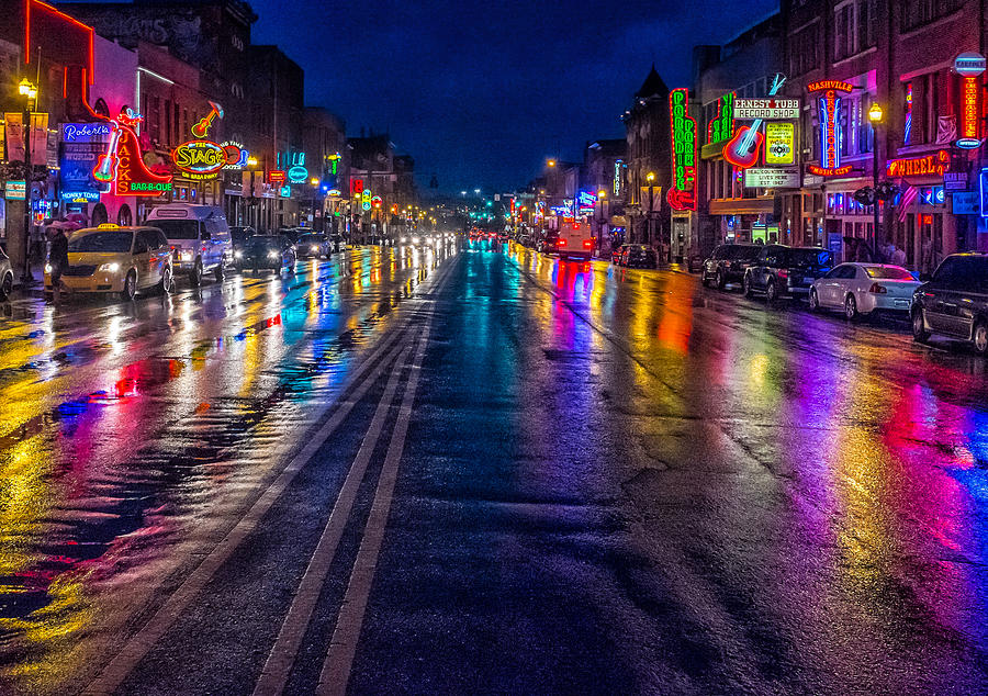 Nashville Tennessee Neon Lights Signs Rain Raining Rainy Reflections Colors Broadway Honky Tonk Bars Music City