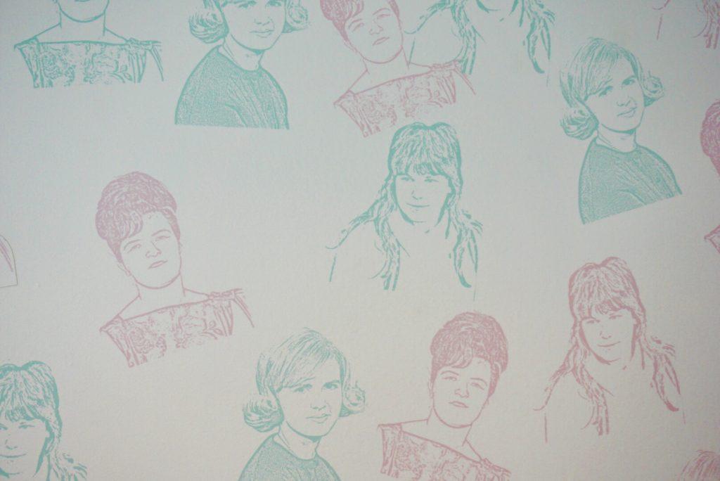 Wallpaper at CHix Eggshop