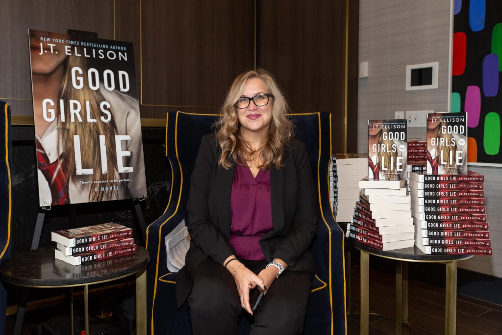 Bask-It-Style 2019- Good Girls Lie J.T. Ellison