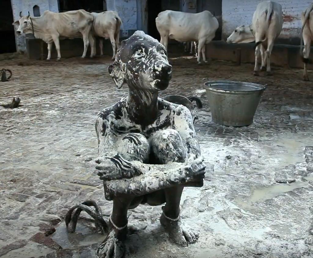 Serendipity Prune Nourry cow sculpture