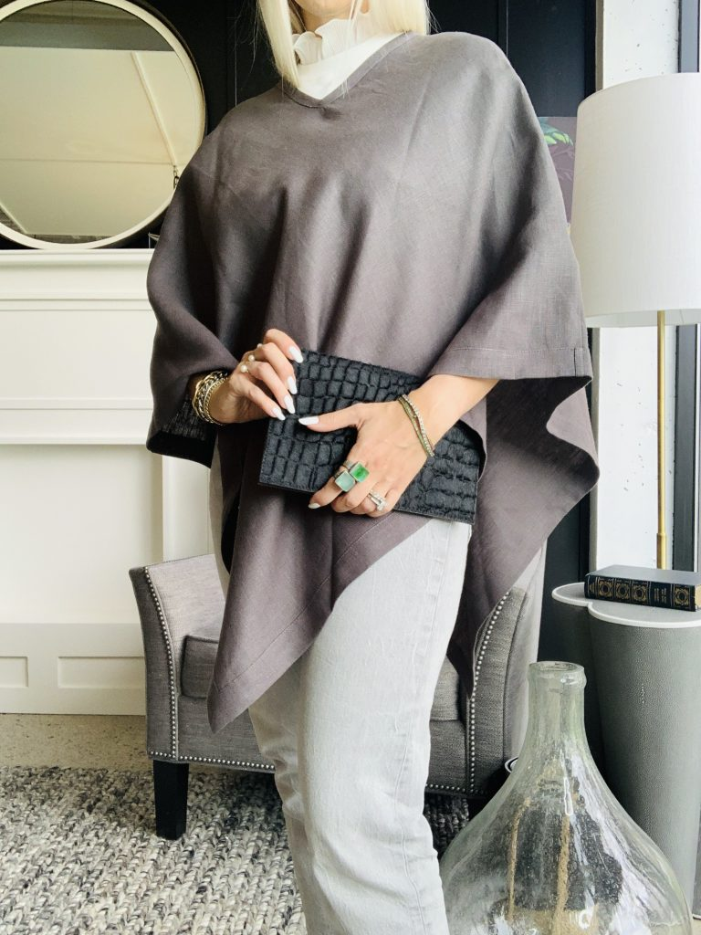 Red Door Home Living Katrina Olson in crown grey poncho with clutch